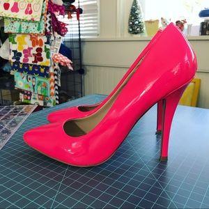 Steve Madden Intrude Neon Pink Patent heels 8.5